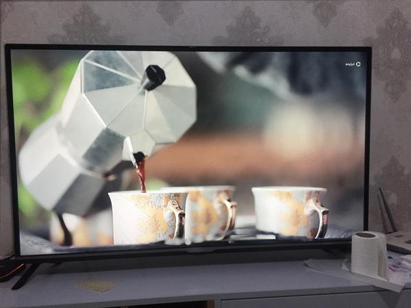 پذیرایی از مهمان با قهوه در یک سریال تلویزیونی